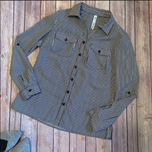 NY Collection Pinstriped Button Down Sz PXS